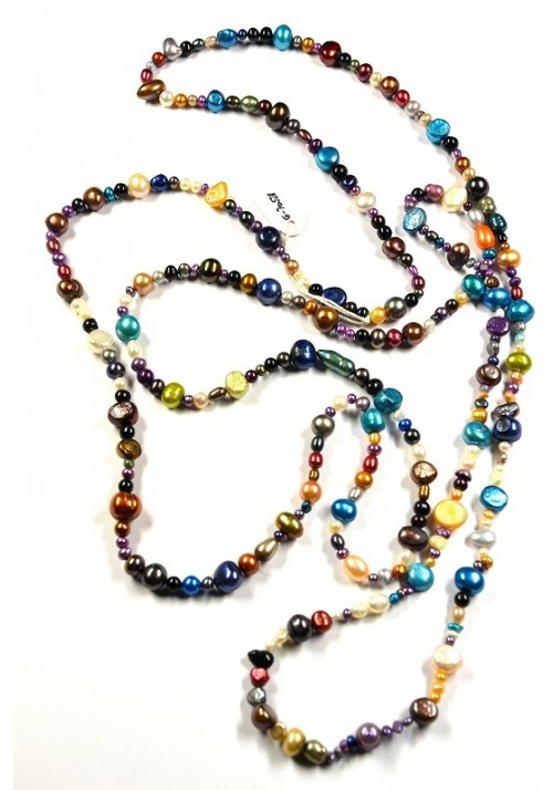 Necklace with coloured natural Pearls