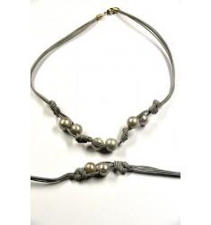 Collar y pulsera de perlas naturales blancas